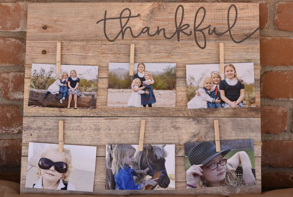 thankful clothespin pine pallet wall art